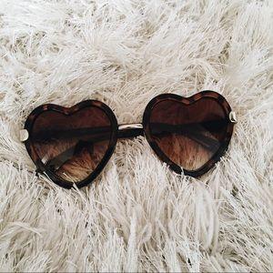 Tortoise Heart Sunglasses